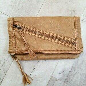 🌺☆Converse One Star☆ Vegan Leather Clutch